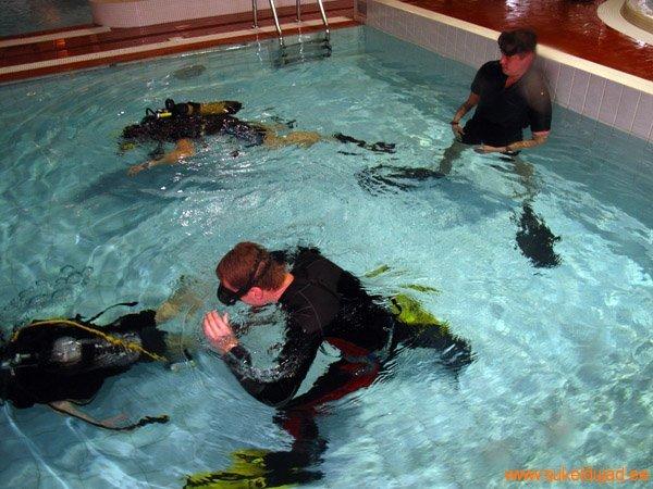 sukeldumine-silmad-vees-meresuu2