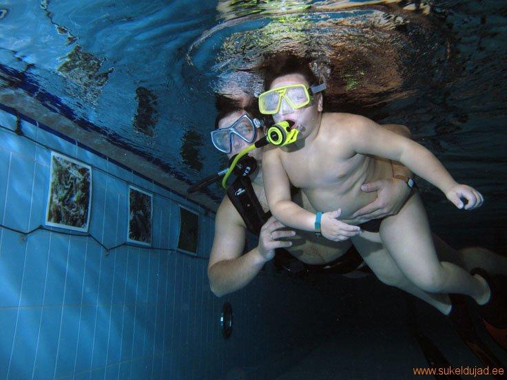 sukeldumine-silmad-vees-rakvere2