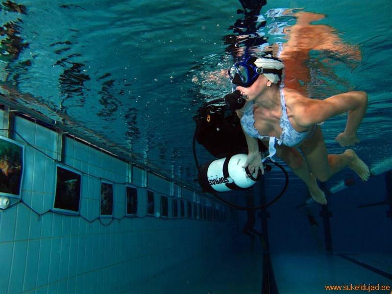 sukeldumine-silmad-vees